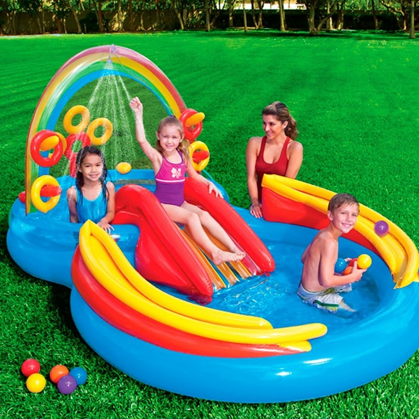 piscina juegos infantiles