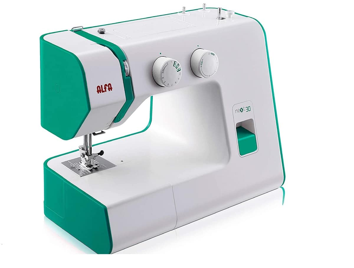 como funciona una maquina de coser