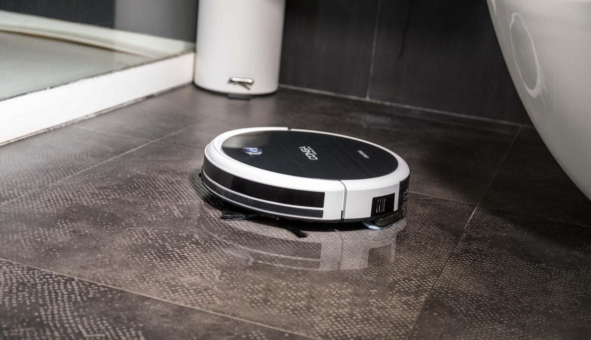 Robot friegasuelos y aspirador